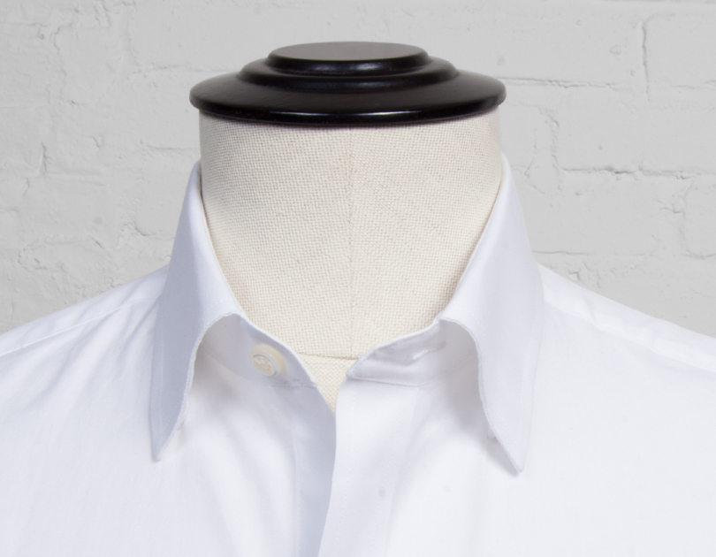 Hidden button down collar proper cloth for Spread collar dress shirt without tie